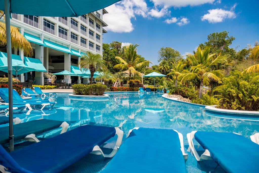 Sheraton Bijao Beach Resort & Spa - All Inclusive, Playa ...