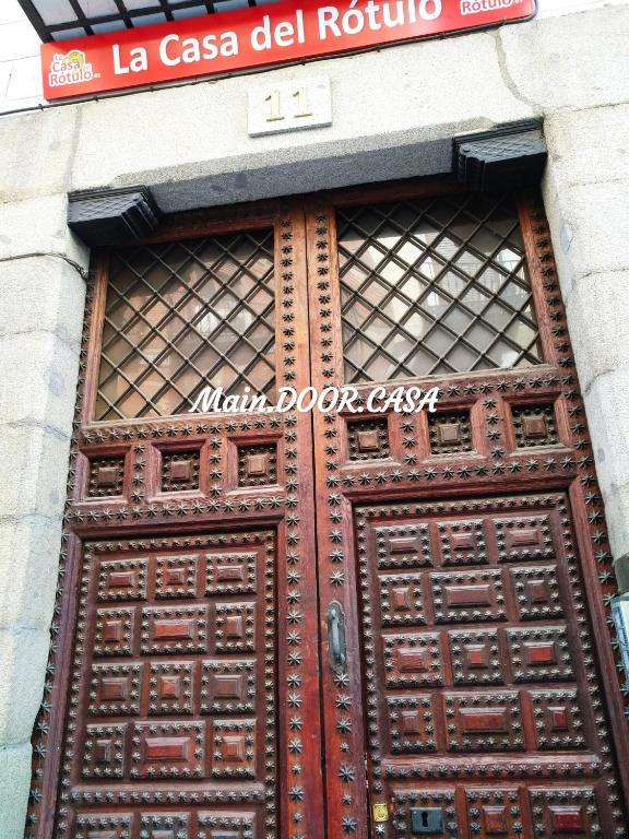 CASA REINA- Classical with Lift in Sol! 5 rooms, Madrid ...