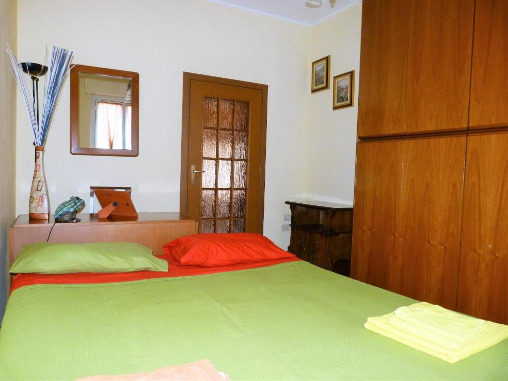 Pension Graziosa camera da letto (Italien Mailand) - Booking.com