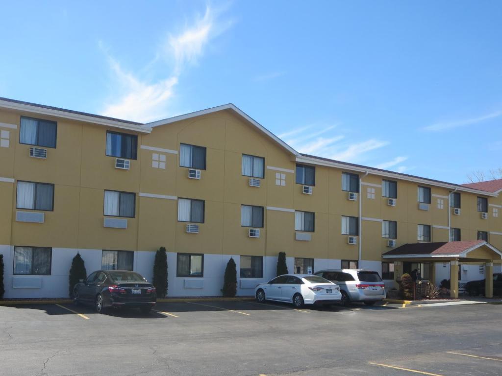Hotel Super 8 Mundelein Il Booking
