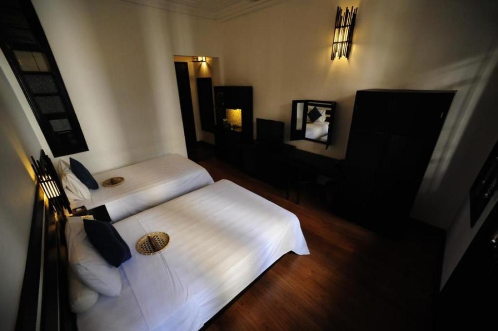 Phòng Deluxe Giường Đôi/ 2 Giường Đơn Nhìn ra Nhà thờ