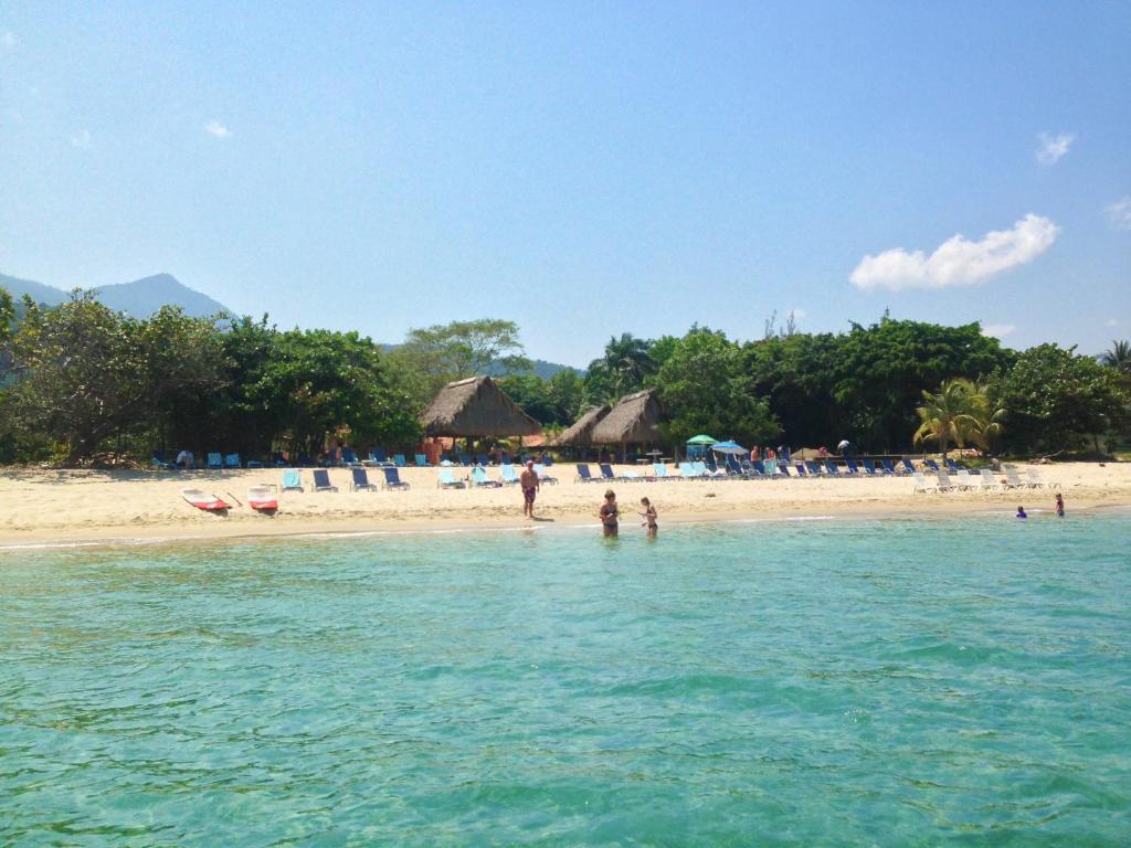 Hotel Tranquility Bay Beach Retreat