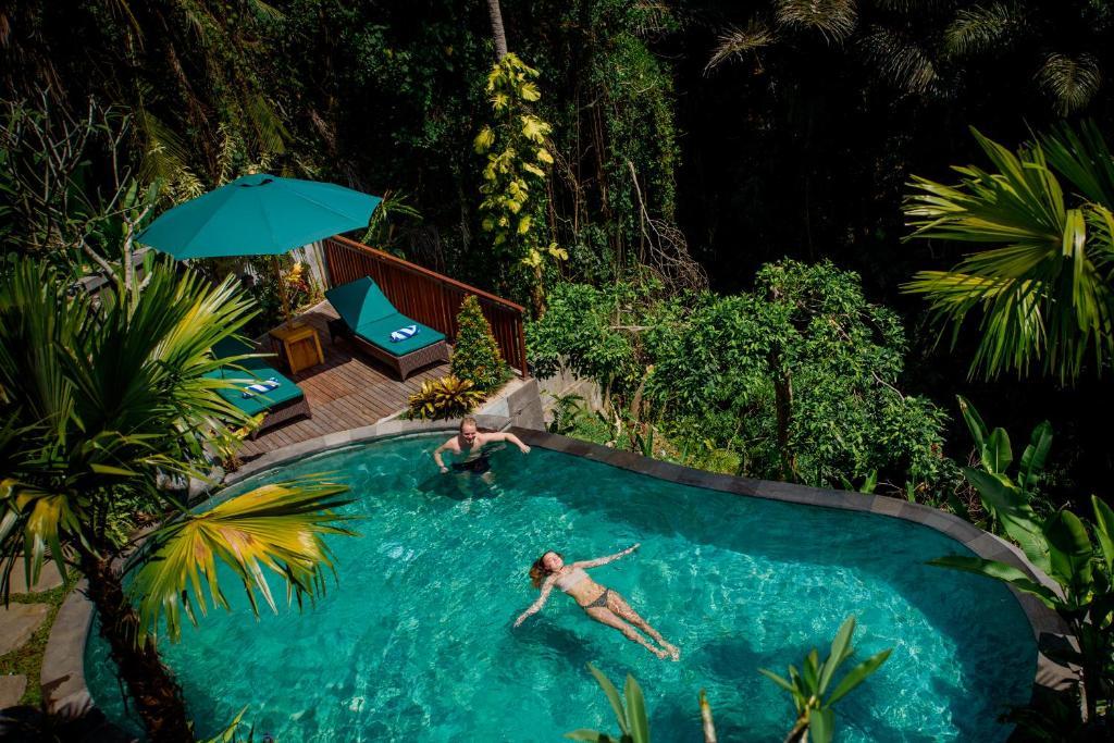 The swimming pool at or close to Taman Amartha Hotel