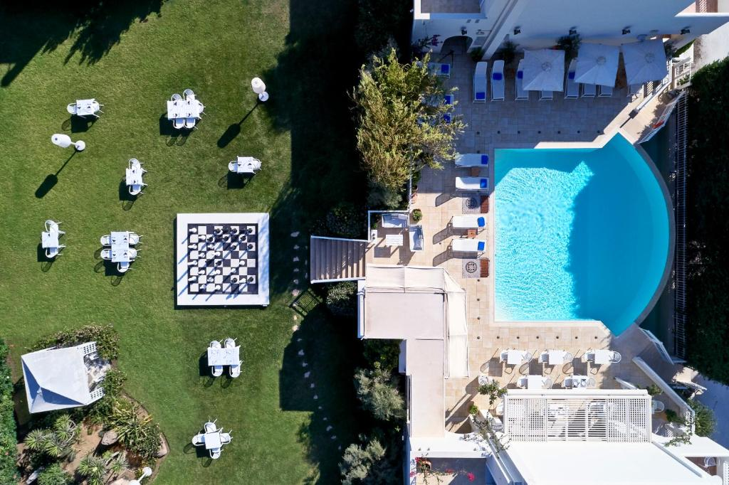 A view of the pool at Lagos Mare Hotel or nearby