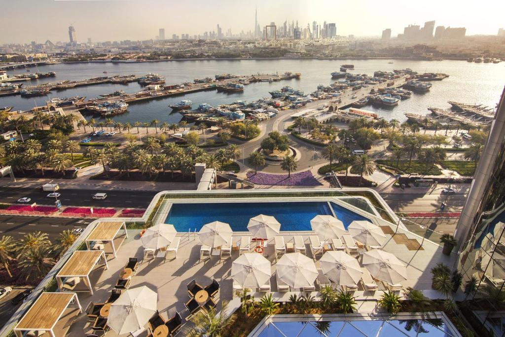 A view of the pool at Al Bandar Rotana – Dubai Creek or nearby
