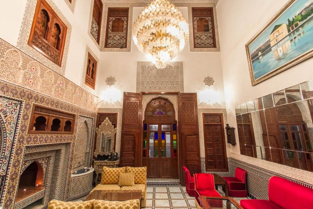 The lobby or reception area at Riad Fes Andalucia