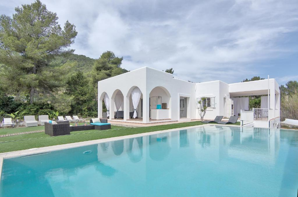 Villa WHITE IBIZA, Sant Jordi, Spain - Booking.com