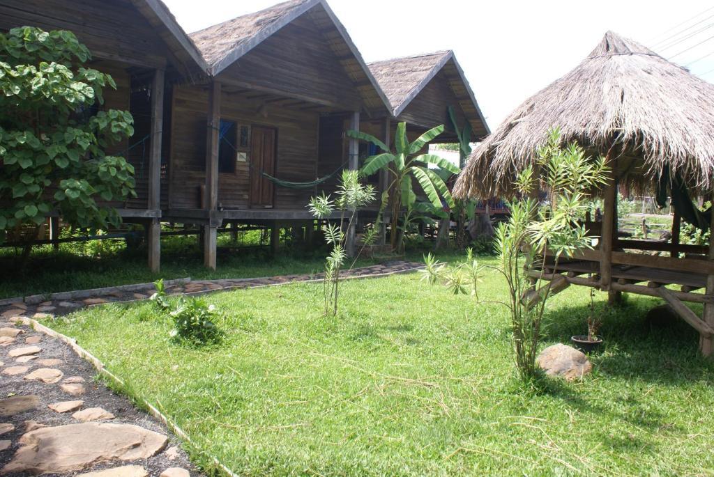 Jardín al aire libre en Fandee Guest House