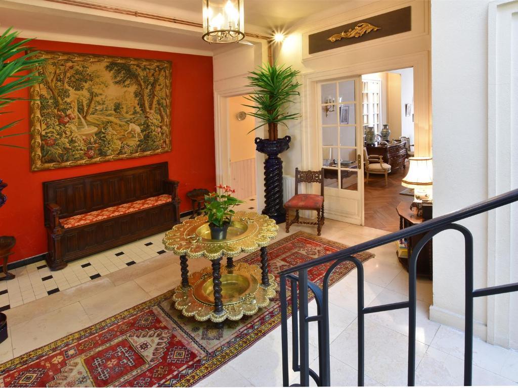 Hall ou réception de l'établissement Holiday home Maison Amouroux