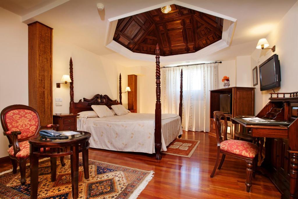 Hotel Finca Eslava (España Antequera) - Booking.com