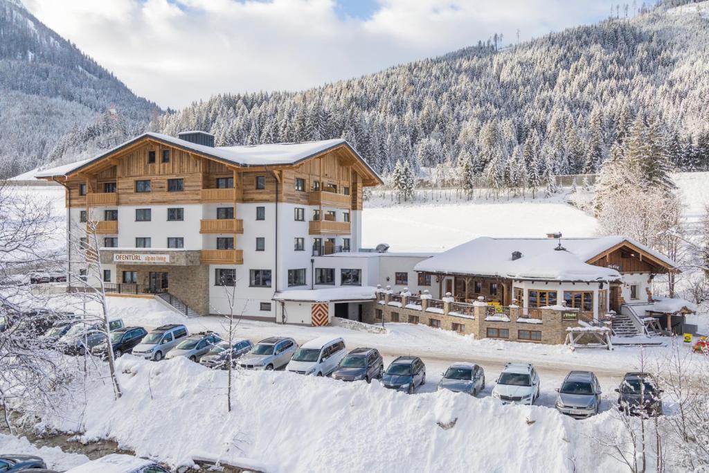 OFENTÜRL alpine living during the winter
