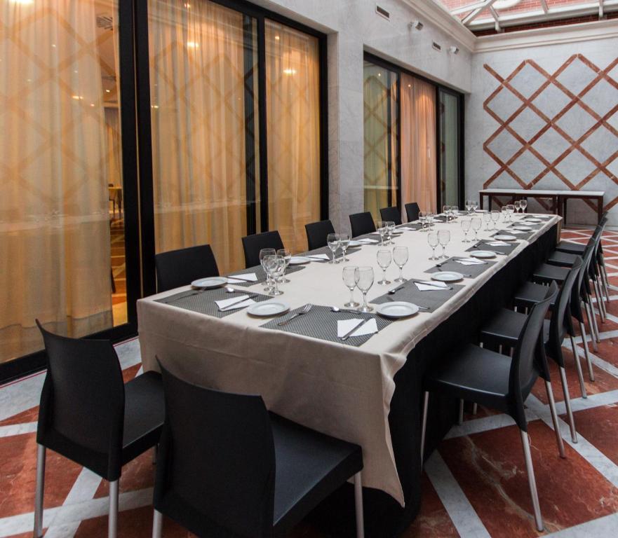 Hotel TH Boadilla (Spanje Boadilla del Monte) - Booking.com