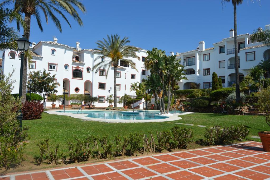Departamento Puebla Agata (España Marbella) - Booking.com