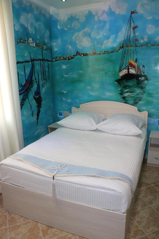 Улучшенный двухместный номер с 1 кроватью и дополнительной кроватью: фотография номер 1