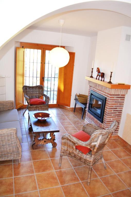 Apartment Casa de las Cañas / Castellanos, Pizarra, Spain ...