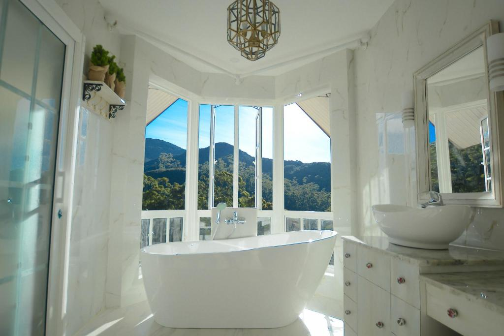 A bathroom at Luxe Wilderness