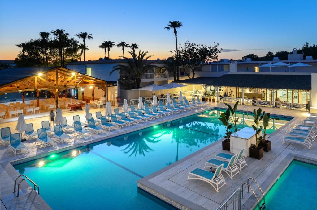 Hotel Playasol Cala Tarida, Cala Tarida – Tarifs 2019