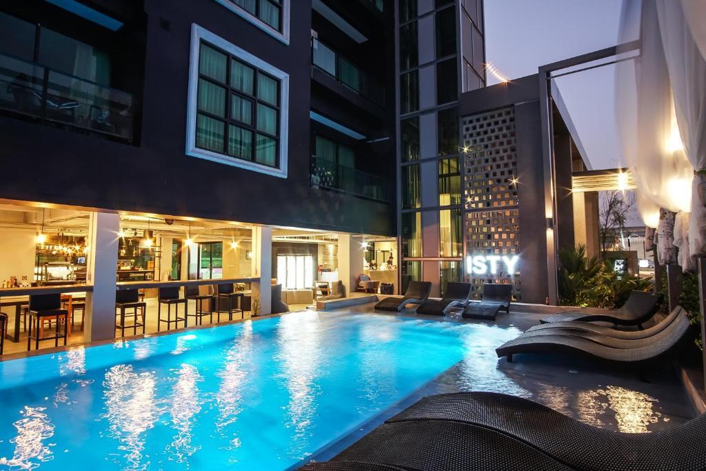 Swimmingpoolen hos eller tæt på ISTY Hotel