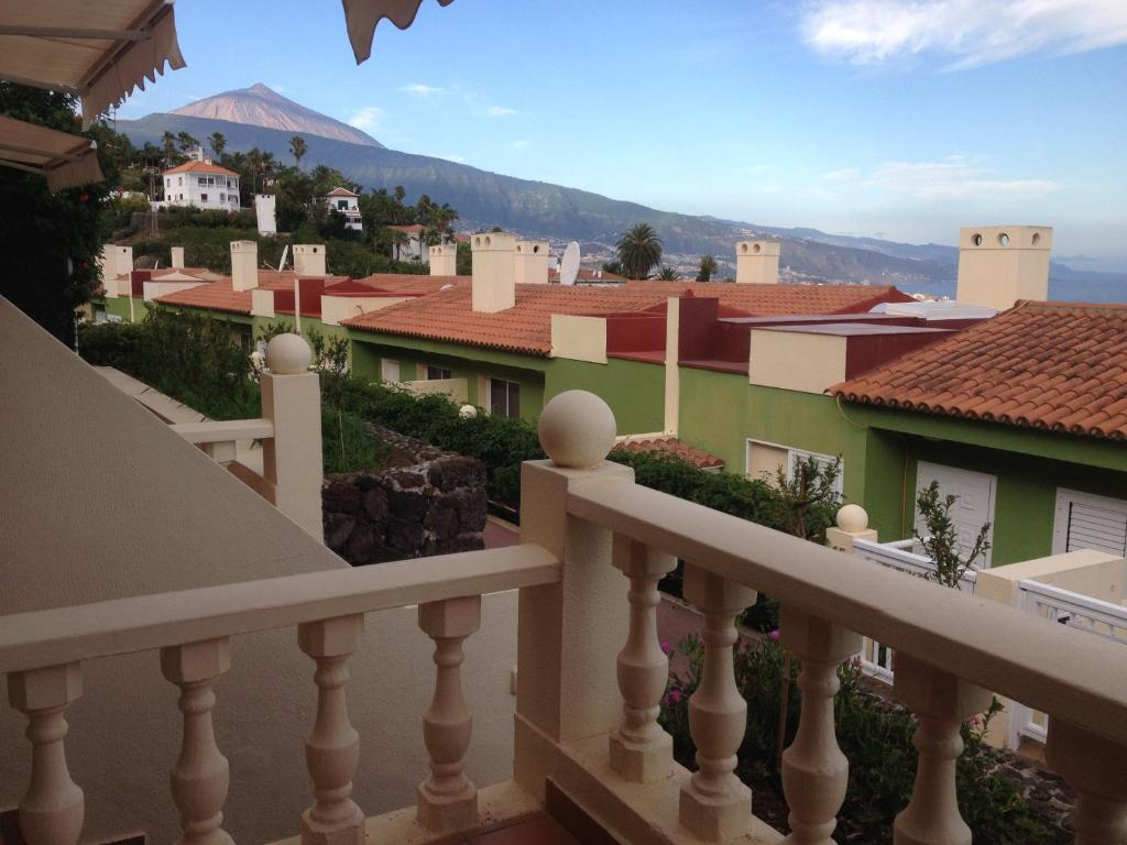 Apartamento Hotel Cuatro Estrellas, Santa Úrsula, Spain ...