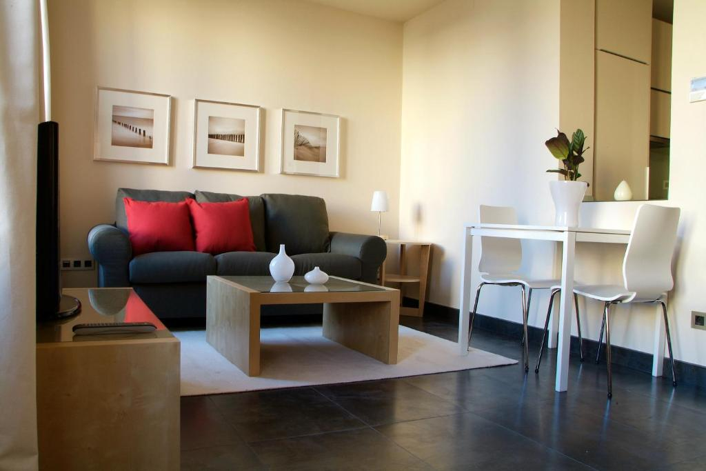 A seating area at Roomspace Sandoval