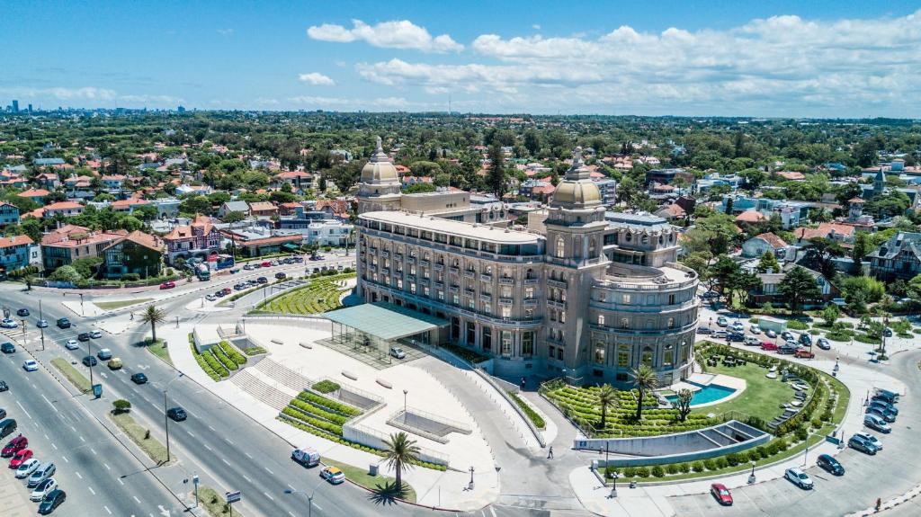 Hotel Sofitel Montevideo Casino Carrasco (Uruguay Montevideo ...