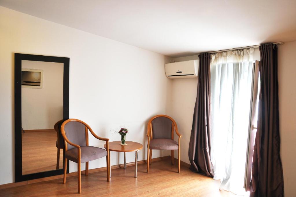 Hotel Corner