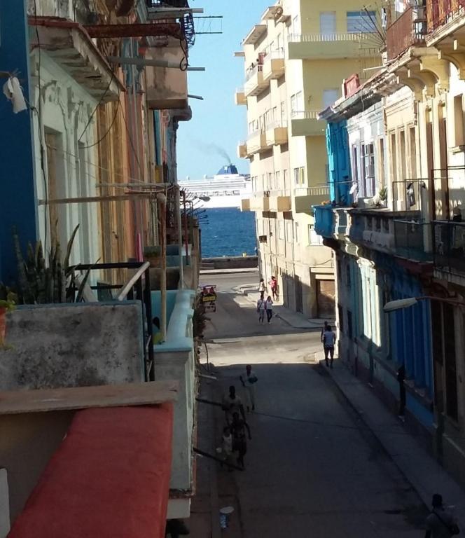 Homestay Terraza Y Habitación Cerca Del Havana Cuba