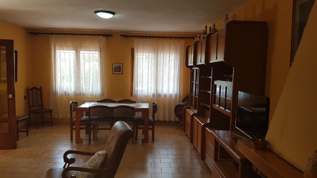 Casa de campo La Arboleda (España Huesca) - Booking.com