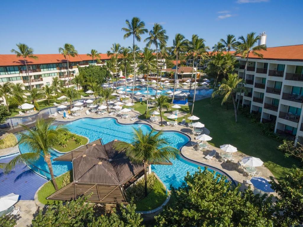 Uma vista da piscina em Marulhos Resort Porto de Galinhas (Muro Alto) ou nos arredores