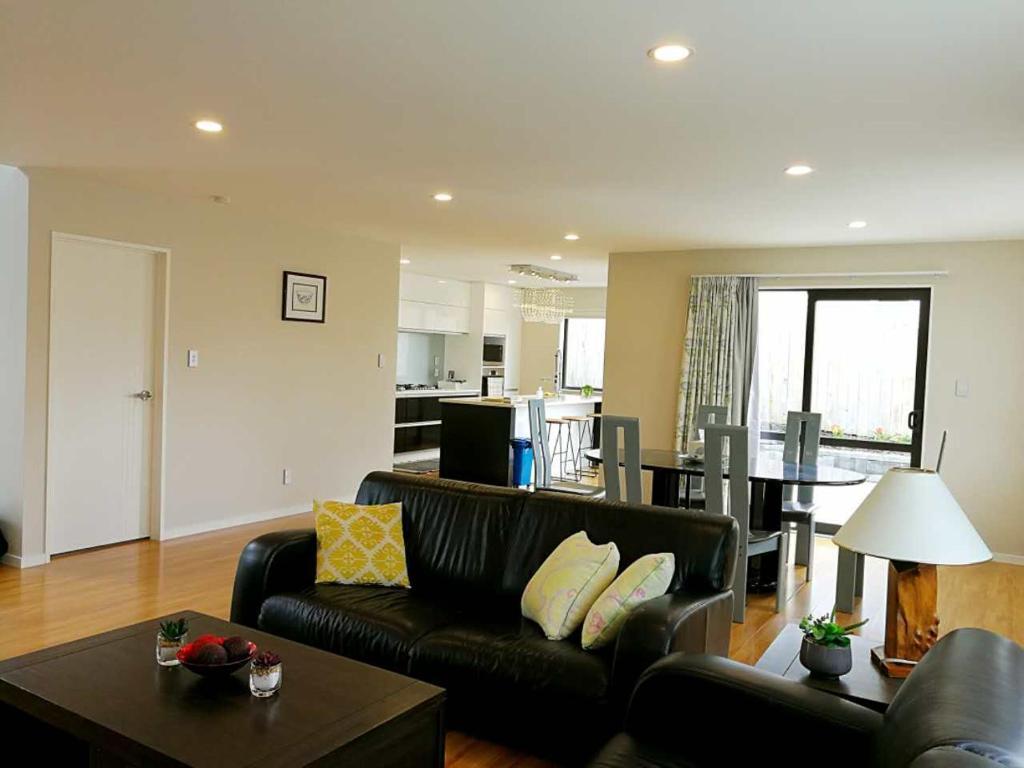 Гостиная зона в Stunning Stay In Auckland