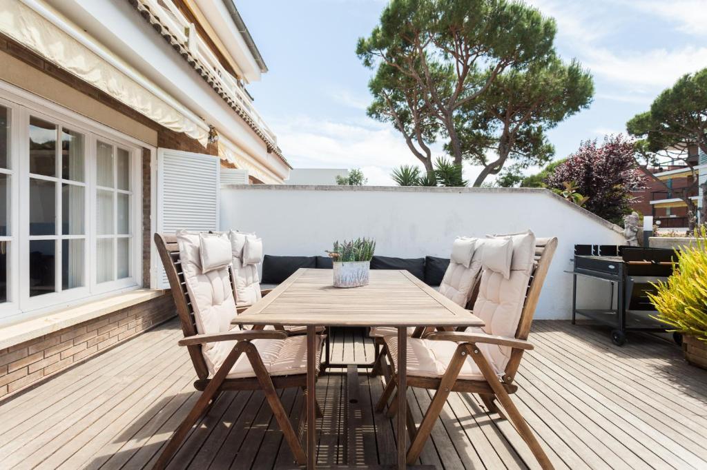 HHBCN Beach House Castelldefels #2, Castelldefels – Precios ...