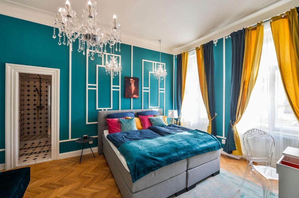 Un ou plusieurs lits dans un hébergement de l'établissement Glamour Frida apartment