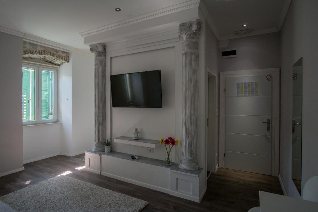JR Luxury Guesthouse