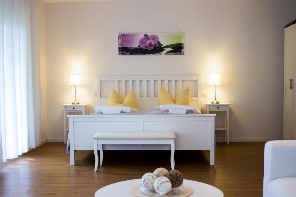 Ein Bett oder Betten in einem Zimmer der Unterkunft Appartementhaus Martin