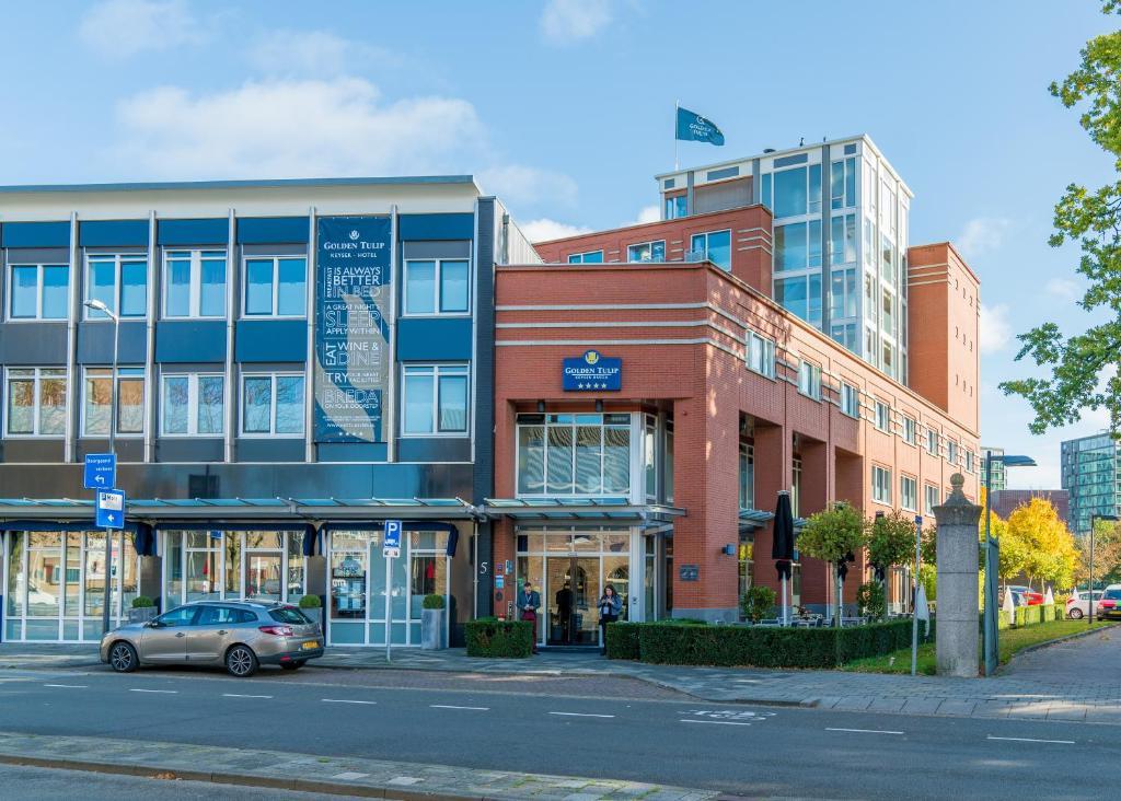 Het gebouw waarin het hotel zich bevindt