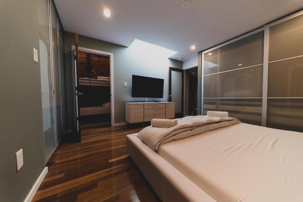Superb Apartment Rai Properties Spectacular 3 Bedroom Penthouse Interior Design Ideas Gentotryabchikinfo