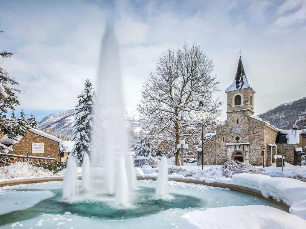Mercure Sensoria de Saint-Lary-Soulan en invierno