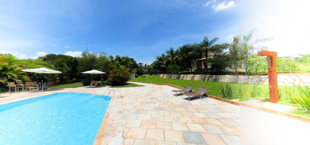 A piscina localizada em Pousada do Lago ou nos arredores
