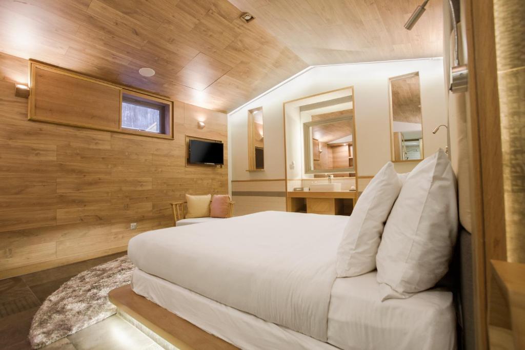 Phòng Giường Đôi Không có Cửa sổ