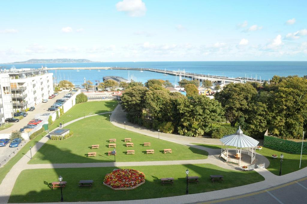 Ferry House Bed & Breakfast, Dun Laoghaire, Ireland