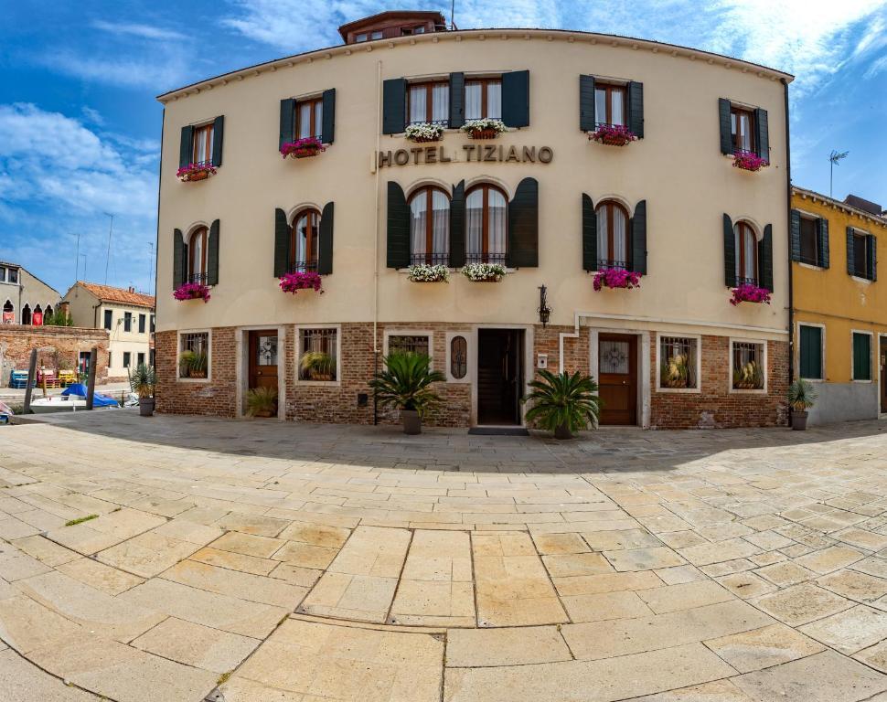 Super Hotel Tiziano Venice Italy Booking Com Download Free Architecture Designs Crovemadebymaigaardcom