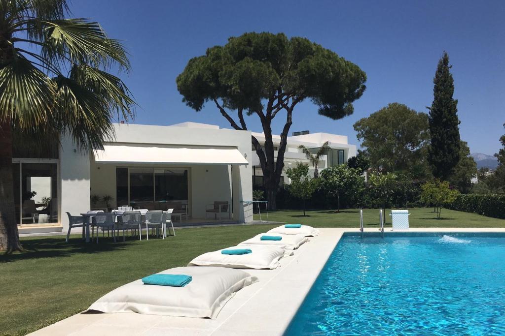 Casa Sola, Estepona – Precios actualizados 2019