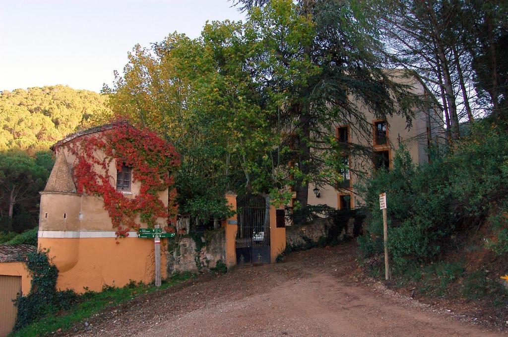 Hotel Rural Masia Font de LOca, Espluga de Francolí (con ...