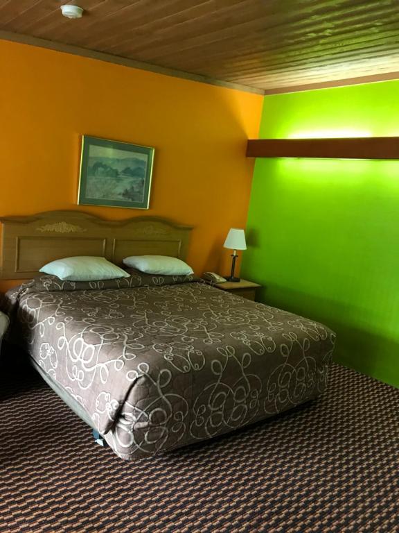 Karakahl Country Inn