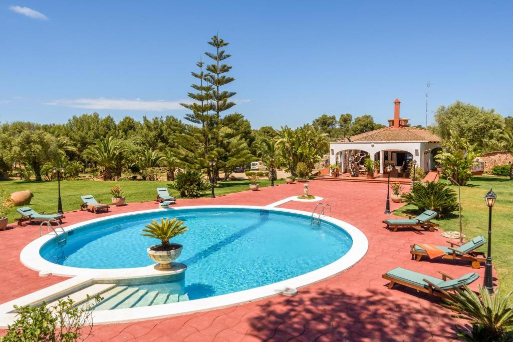 Villa Es Pinar (España Son Carrio) - Booking.com