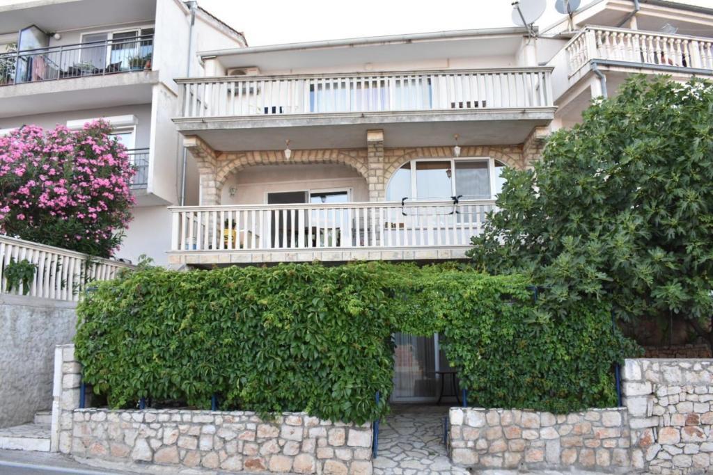 Ivančica Apartments
