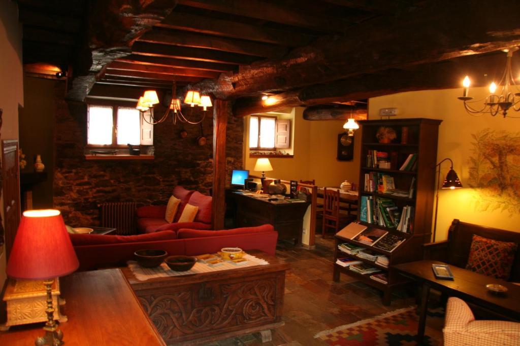 Casa de campo Casa Mario (España Posada de Rengos) - Booking.com
