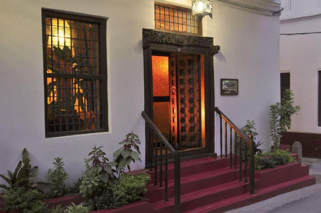 Zanzibar Palace - Zanzibar