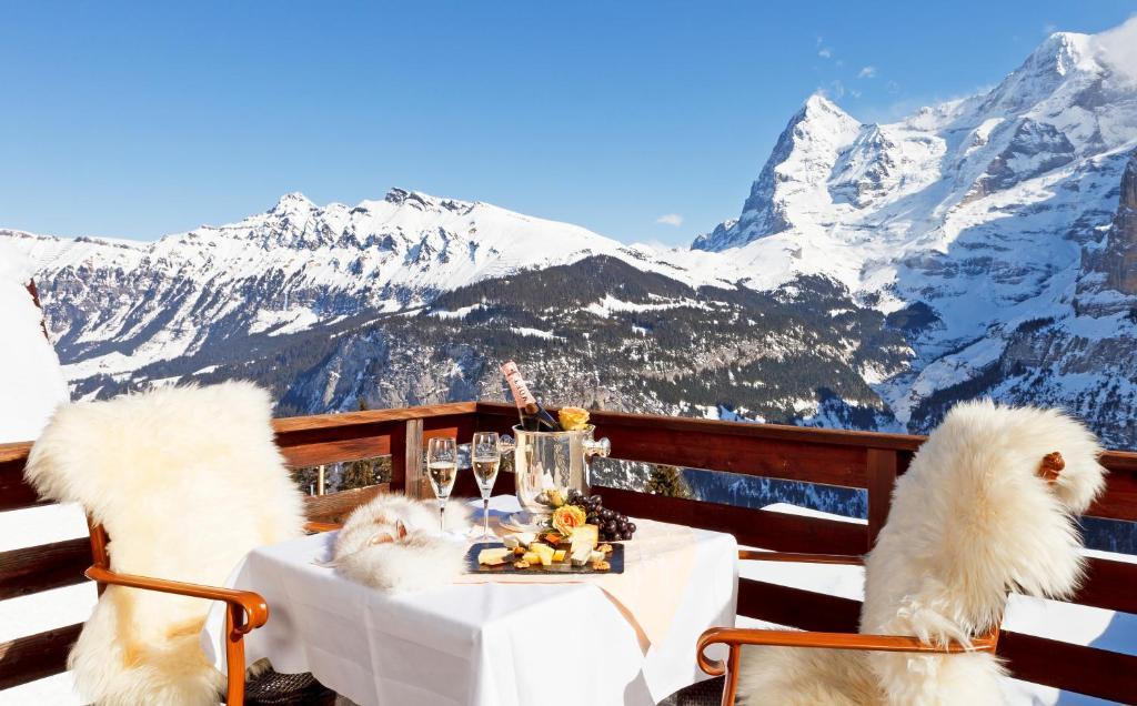 Eiger Mürren Swiss Quality Hotel during the winter