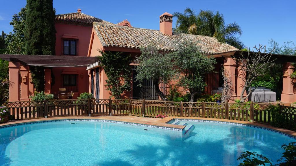 Villa Camino del Pinar (Spanje Marbella) - Booking.com